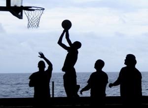Esporte coletivo: basquete!