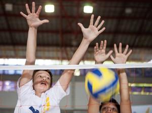 Esporte coletivo: trabalho em equipe!